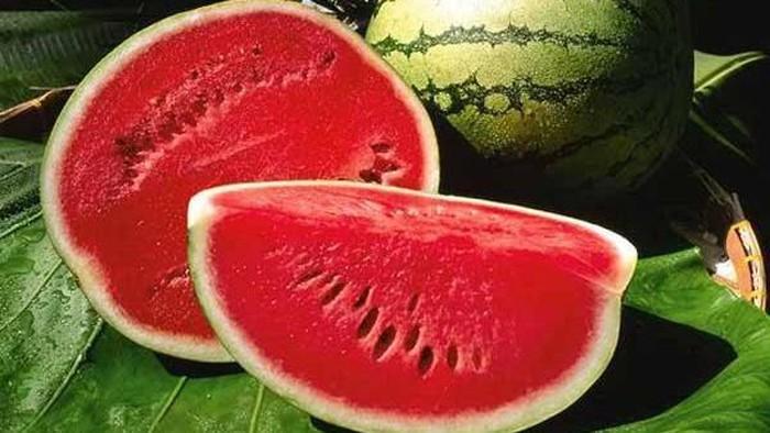 Diet Semangka Ampuh Turunkan Berat Badan dalam Lima Hari