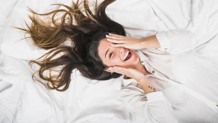 Cara Merawat Rambut Tebal yang Benar agar Tidak Mudah Rontok