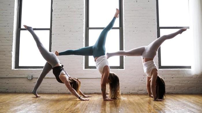Yoga atau Pilates, Mana yang Lebih Baik untuk Kesehatan Tubuh?