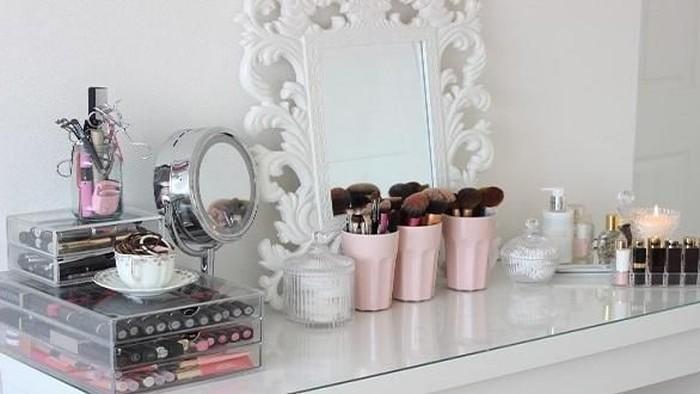 Tips Menyimpan Makeup Agar Bersih dan Rapi