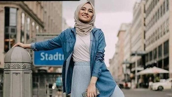 Intip 5 Inspirasi Busana Muslim Kekinian yang Anti Boring!