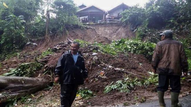 Longsor-Banjir Terjang Bandung Barat dan Kabupaten Bandung