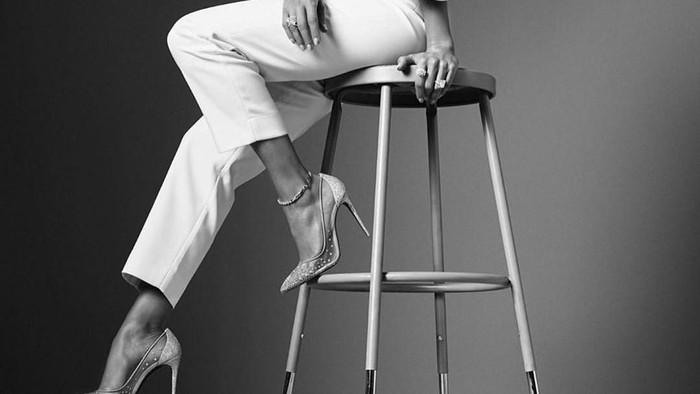 Masuki Usia Kepala 5, Jennifer Lopez Jadi Wajah Baru Coach untuk Koleksi 2020!