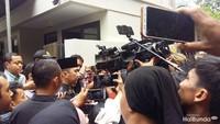 <p>Ibas Yudhoyono juga turut hadir, ia datang bersama sang istri, Aliya Rajasa dengan mengenakan batik cokelat. (Foto: Asri Ediyati)</p>