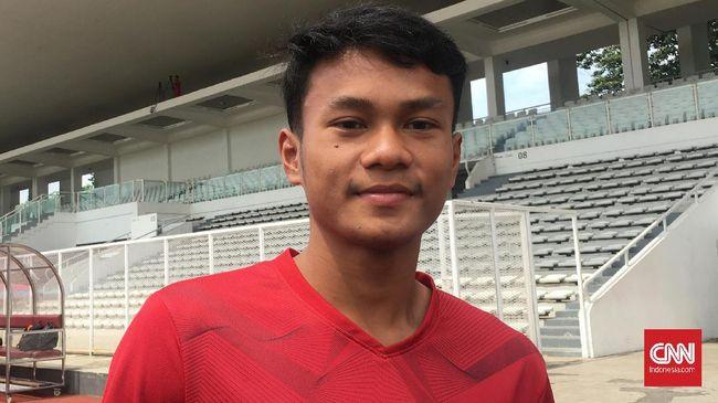 Bek Persebaya Surabaya, Koko Ari Araya, mengetahui kabar pemanggilan Timnas Indonesia melalui pelatih Bajul Ijo, Aji Santoso.