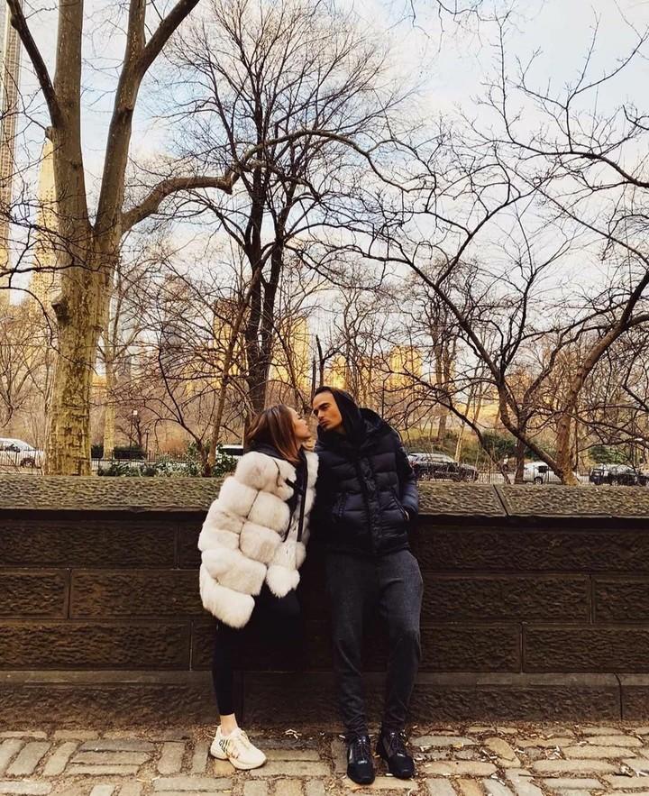 Sebelum meninggal dunia, Ashraf Sinclair bersama istri, Bunga Citra Lestari berlibur ke New York, AS. Tak disangka ini jadi liburan terakhir mereka bersama.
