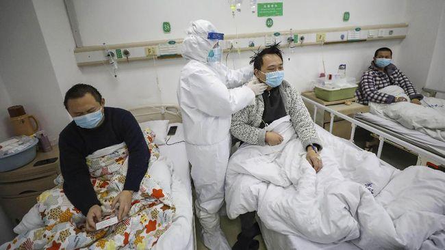 Pemerintah China menolak tuduhan menyembunyikan data kasus virus corona, dan menuduh AS ingin mencari kambing hitam.