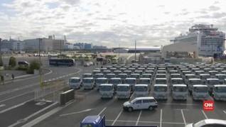 VIDEO: Evakuasi Penumpang Kapal Pesiar Jepang Usai Karantina