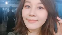 Jika Bunda pernah menonton A Gentleman's Dignity pasti tahu Kim Ha Neul. Artis berusia 41 ini dikarunia seorang anak dari pernikahannya dengan Choi Jin Hyeok. (Foto: Instagram @haneul_jin)