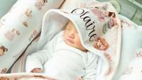 "<p>Sang putri diberi nama <a href=""https://www.haibunda.com/parenting/20200214081314-62-81036/cantiknya-arti-nama-bayi-shandy-aulia-sederhana-tapi-penuh-makna"" target=""_blank"">Claire Herbowo</a>. (Foto: Instagram @shandyaulia)</p>"