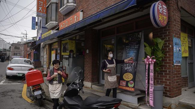 Badan Pariwisata Korea Selatan mengajak turis untuk datang berwisata ke lokasi syuting film Parasite.