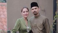 <p>Meski berasal dari negara berbeda, Ashraf Sinclair dan Bunga Citra Lestari (BCL) berhasil membuktikan bahwa hubungan pernikahan mereka sangat kuat. (Foto: Instagram @ashrafsinclair)</p>