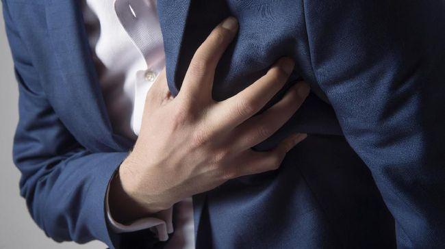 Nyeri dada tak selalu jadi gejala serangan jantung, kadangkala kondisi ini juga menandai GERD. Bagaimana membedakannya?