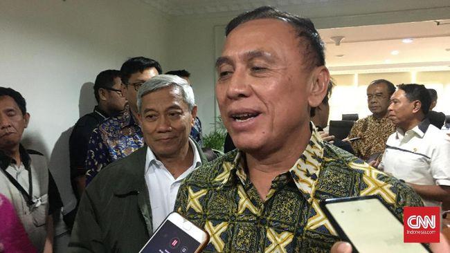 Ketua Umum PSSI Mochamad Iriawan atau Iwan Bule menyebut masalah sponsor dari situs judi ini jadi yang pertama di Indonesia.