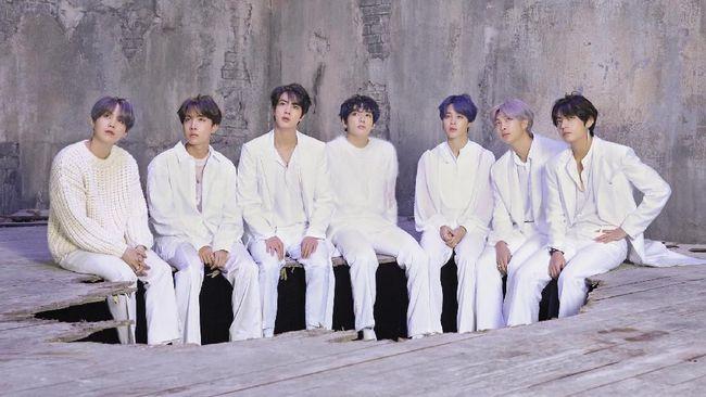 Kolumnis K-Pop Jeff Benjamin menilai angka 7 di album baru BTS 'Map of the Seoul: 7' memiliki makna penting.