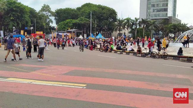 Pemerintah Kota Surabaya menghilangkan kegiatan Car Free Day (CFD) mulai Minggu (15/3) mendatang untuk mengantisipasi virus corona.