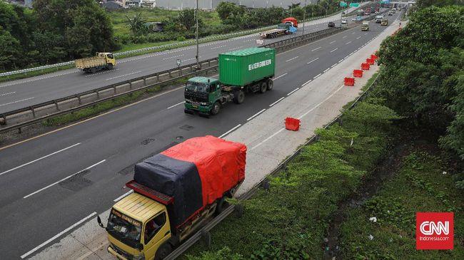 Kemenhub membatasi operasional angkutan barang selama periode libur panjang akhir Oktober. Pembatasan dilakukan dua kali saat arus keluar dan arus balik.