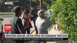 VIDEO: Menteng Banjir, Ketua DPRD DKI Bongkar Trotoar