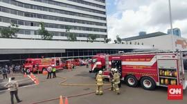 Gedung DPR Terbakar, Lima Damkar Dikerahkan
