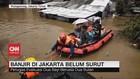 VIDEO: Banjir di Jakarta, Petugas Evakuasi 2 Bayi
