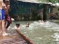 VIDEO: Warga Minta Pemerintahan Anies Tangani Banjir