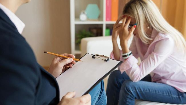 Tak banyak orang yang terbuka untuk meminta bantuan kepada psikolog. Apa alasannya?