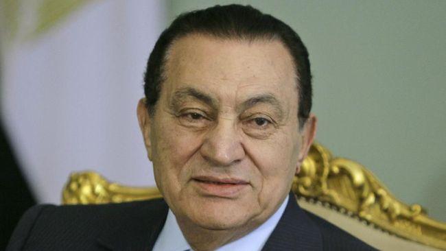 Mantan Presiden Mesir, Husni Mubarak, dilaporkan meninggal dalam usia 91 tahun saat menjalani operasi.