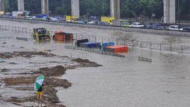 FOTO: Hujan Ekstrem Datang, Banjir Menerjang