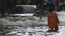 Mengenal Water Hammer, Pembunuh Mesin Kendaraan Saat Banjir