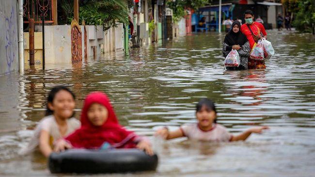 Banjir menjadi bencana yang paling sering terjadi di Indonesia sepanjang tahun 2020.