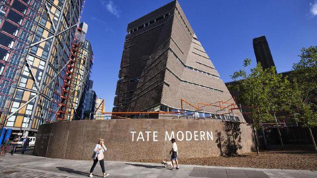 Drama soal privasi yang dikeluhkan penghuni apartemen kepada pengelola museum Tate Modern di London, Inggris, sudah berlangsung lama.