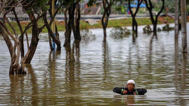BNPB mencatat sembilan korban banjir teridentifikasi berada di wilayah Jakarta, Tangerang Selatan dan Kota Bekasi.
