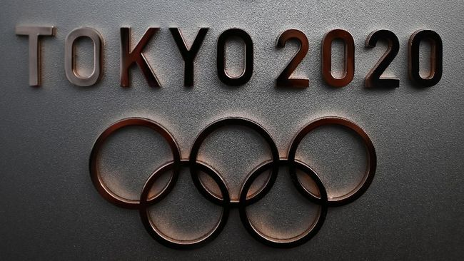 The logo for the Tokyo 2020 Olympic Games is seen in Tokyo on February 15, 2020. (Photo by CHARLY TRIBALLEAU / AFP)