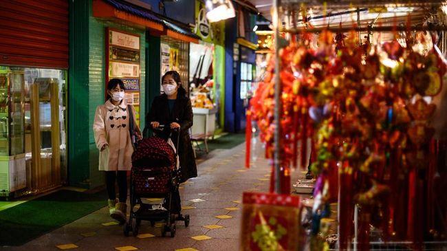 Jepang memperluas penerapan keadaan darurat virus corona di tiga prefektur yakni Osaka, Kyoto, dan Hyogo.