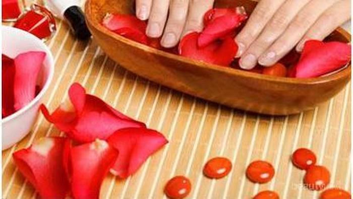 10 Bahan Alami untuk Kuku Sehat