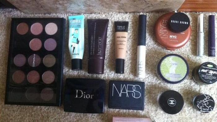 Inspirasi Flawless Natural Make Up untuk Sehari-hari