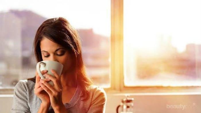 Apa yang Sebaiknya Diminum di Pagi Hari Agar Sehat dan Cantik?