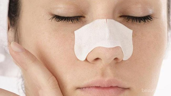 Penyebab dan Menghilangkan Komedo Putih Sering Muncul di Hidung