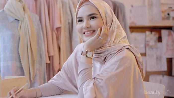 Kenalan dengan Ria Miranda, Desainer asal Padang yang Menginspirasi Kaum Hawa