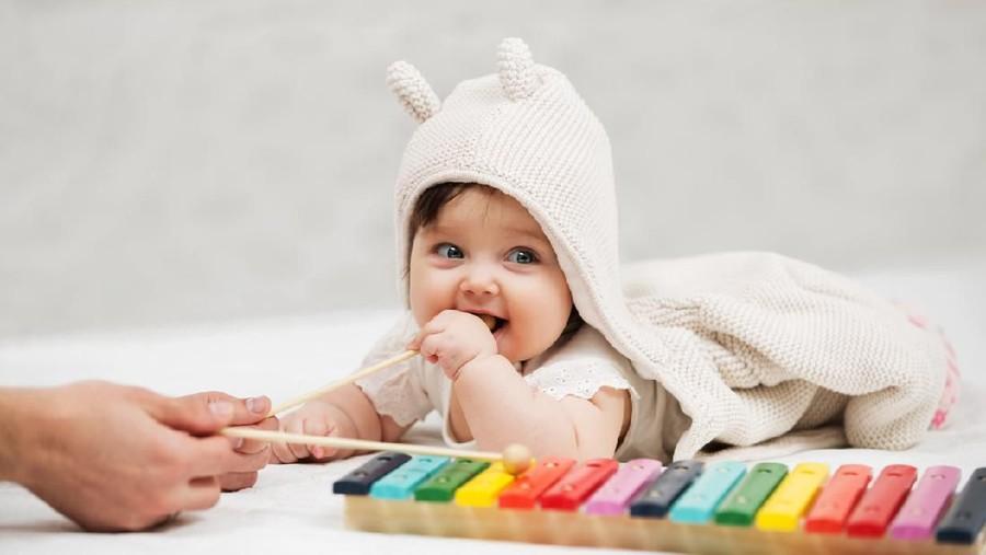 15 Nama Bayi Perempuan Terinspirasi dari Musik