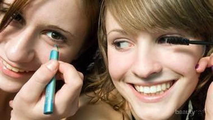 Produk di Bawah Rp100.000 untuk Gaya Makeup Natural ke Kampus