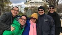 <p>Andy dan keluarganya selalu terlihat kompak, Bun. Mereka sering menyempatkan waktu untuk liburan bersama di dalam maupun luar negeri. (Foto: Instagram @marcorandyy)</p>