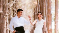 <p>Zahira (25) dan Aiman (31) sebelum menikah melakukan foto pre-wedding di Perth, Australia. Tampak romantis dan serasi. (Foto by @@manis.moments via Instagram @zahirahmacwilson)</p>