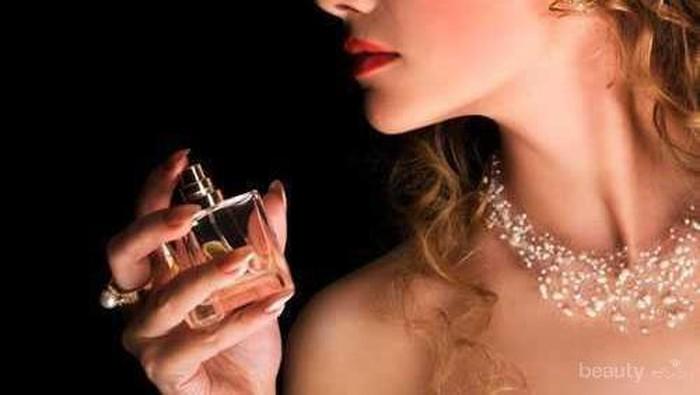 5 Aroma Parfum Wanita yang Menarik Perhatian Pria