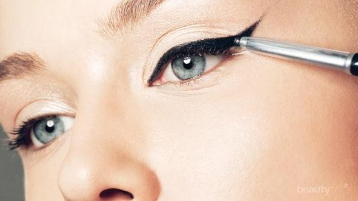 Rekomendasi Eyeliner Berkualitas di Bawah Rp300 Ribu