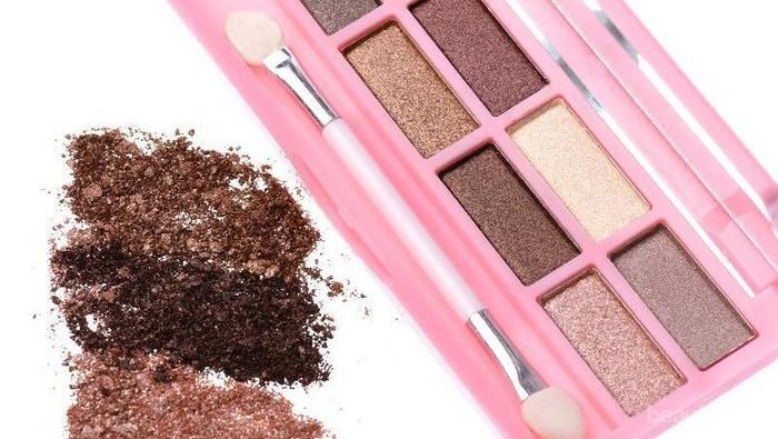 5 Eyeshadow Best Selling di Korea Department Store