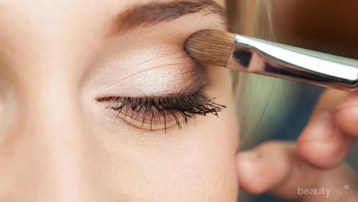 Ikuti Langkah Ini Saat Aplikasikan Eye Makeup dan Matamu Akan Terlihat Jauh lebih Cantik!