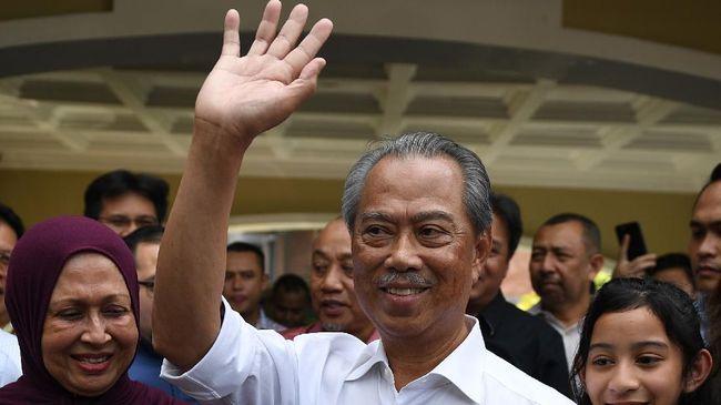 PM Malaysia, Muhyiddin Yassin, mendesak pemimpin oposisi, Anwar Ibrahim, membuktikan klaim mendapat dukungan untuk membentuk pemerintahan baru.