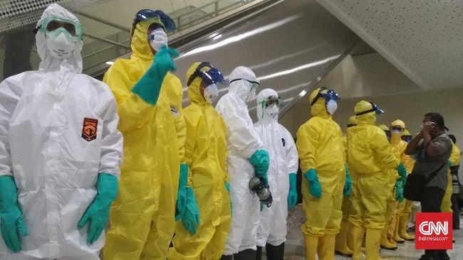 DPR meminta pengusutan dugaan pelanggaran ekspor 1,2 juta alat pelindung diri (APD) ke Korea Selatan.