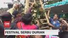 VIDEO: Ribuan Warga Berebut Durian di Festival Serbu Durian